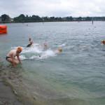 Roland auf dem Weg ins 18°-Grad-Wasser