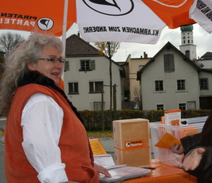 Infostand Stockach Piraten Ute 2011 Piratenpartei