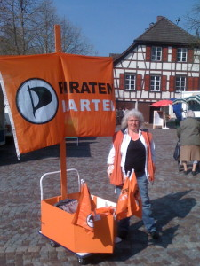 Ute Allensbach Piratenschiff 2011 Piratenpartei