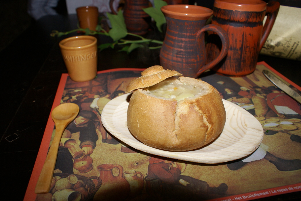 Brot als Suppenschüssel