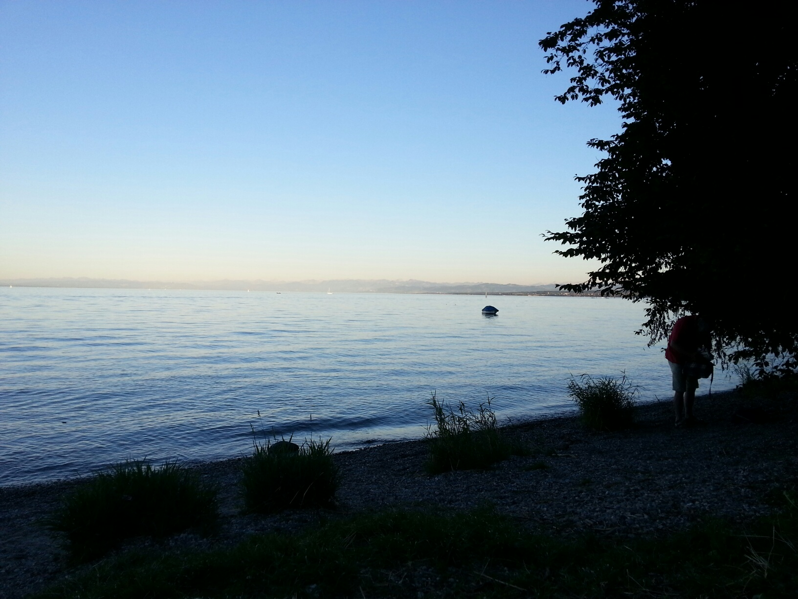 Hörlepark Blick über den See Richtung Alpen