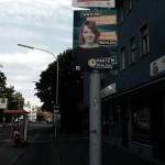@tinilou wartet wohl auf den Bus und hängt da so... Plakate Konstanz Piraten