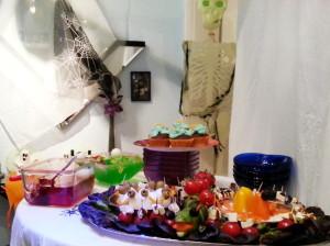 Halloweenparty Futter-Deko nachts bei der Party