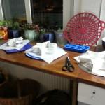 Vorbereitung Formen mit Butterbrotpapier auslegen für Kalter Hund dreistöckig