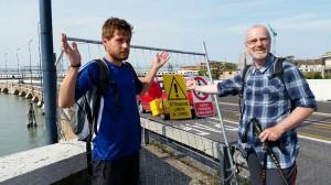 2014-05-20 Der Damm - die Brücke, Ponte della Libertà ist grad für Fußgänger gesperrt...
