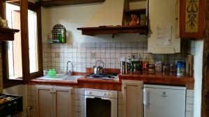 San Zenone Küche in der Ferienwohnung Mai 2014