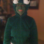 dunkelgrünes Froschkostüm auch Häs genannt