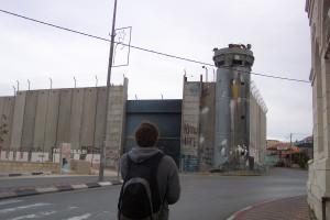 Die Mauer in Bethlehem, Palästina, Wachturm an einer Ecke der Mauer