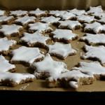 Zimtsterne vorm Backen - Weihnachtsguetsele zum selbst essen und verschenken