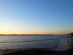Sonnenuntergang Fähre See Meersburg - Konstanz im Dezember