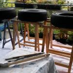 die Reifen auf dem Malplatz - Gartendeko Reifenfrosch bepflanzt