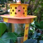 Froschkönig im Krönchen - Gartendeko Reifenfrosch bepflanzt